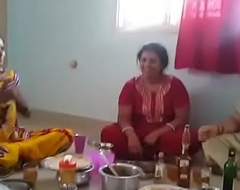 Village Aunties enjoying pack with wine than shagging with her husbands... HD