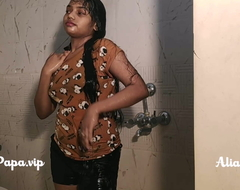 desi indian pinnacle sculpture Alia Advani from punjab good-looking shower