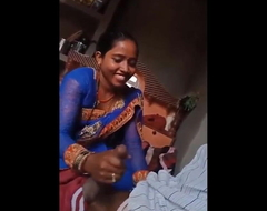 Desi Bhabhi Giving Handjob With her Lover