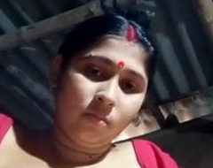 Desi bhabhi showing