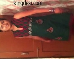 Desi Teen Indian Girl Lipi Home made MMS