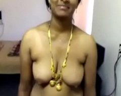 VID-20071118-PV0001-Nellore (IAP) Telugu 40 yrs old married beautiful, hot and sexy housewife aunty Vinitha equally her Bristols and pussy sex pornography video