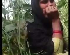 Indian girl XNXX peel sounds in hindi