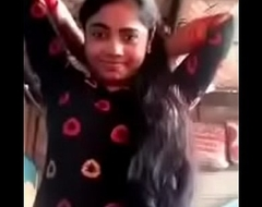 Cute Desi College Girl Shows the brush Unveil Body Video