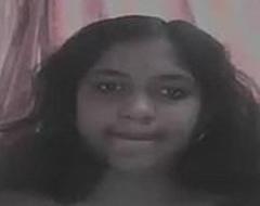 Desi Girl Make believe On Webcam