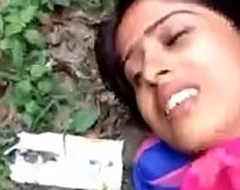 Desi girl Making out alfresco fixing 1